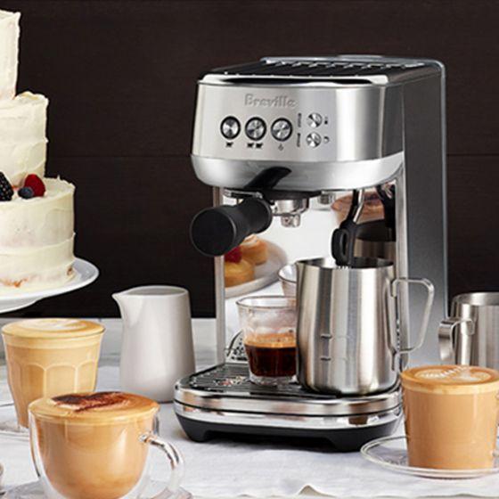 Machine à espresso et à cappuccino compacte Breville «Bambino Plus»