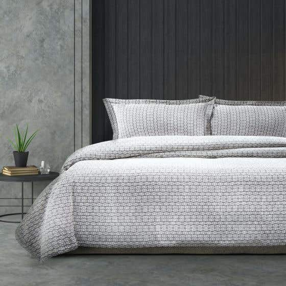 Cleopatra Bedding Collection