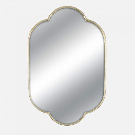 Curvy mirror