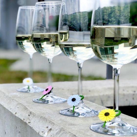 Daisy Wine Charms