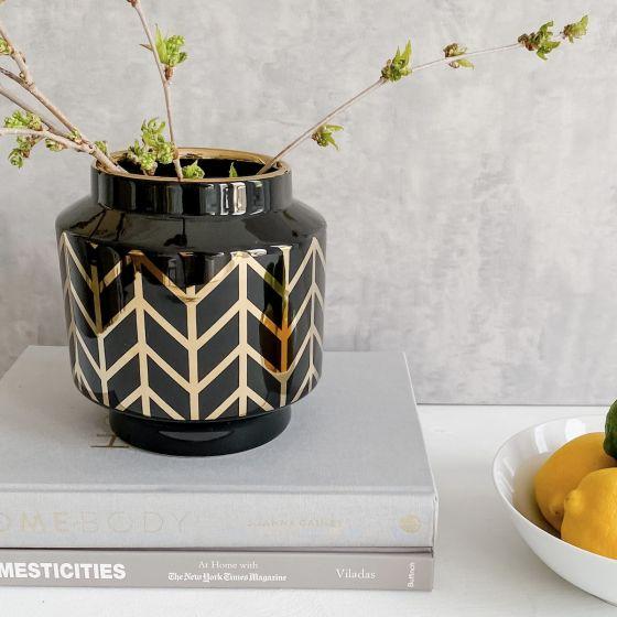 Chevron Vase - Black