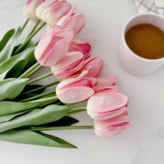 Bouquet de tulipes roses par Torre & Tagus