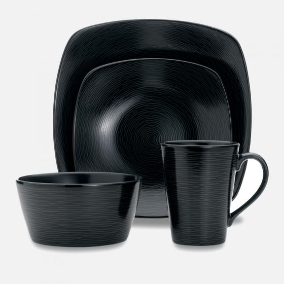 Bob Swirl 4-Piece Dinnerware Set