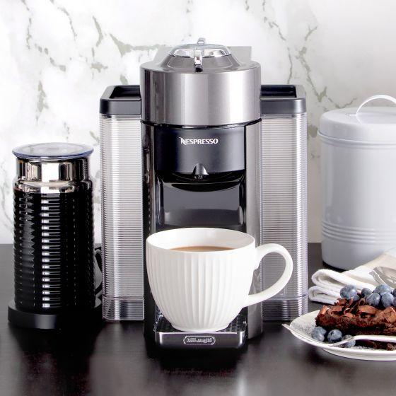 Evoluo Graphite Nespresso Capsule Machine with Aeroccino by Delonghi