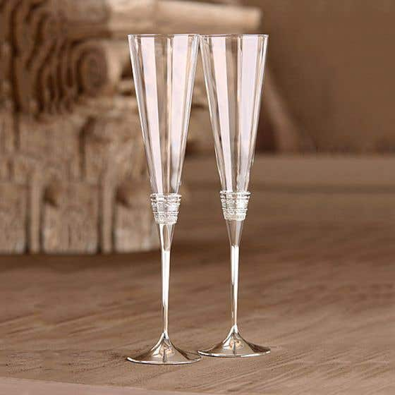 Set of 2 Vera Wang With Love Champagne Glasses